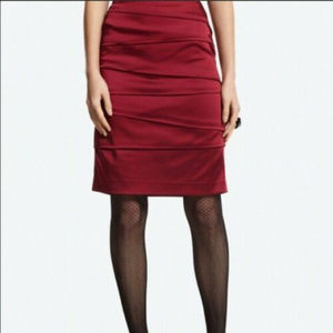 White House Black Market 12 14 Burgundy skirt